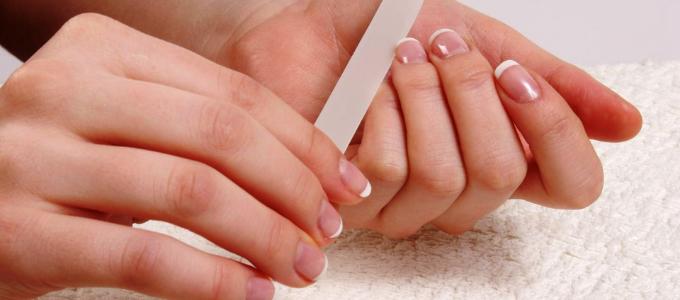 уход за ногтями в домашних услових
